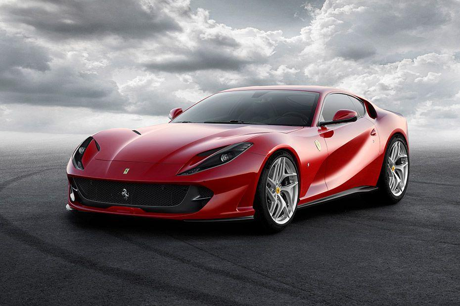 Ferrari 812 SuperFast Front Left Side
