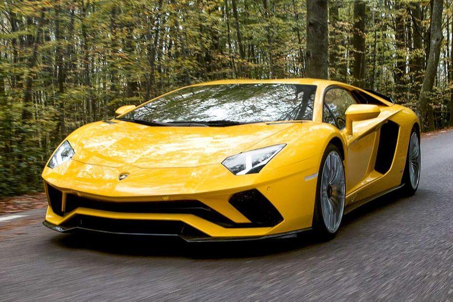 Lamborghini Aventador Images  Aventador Interior  Exterior Photos  CarDekho.com