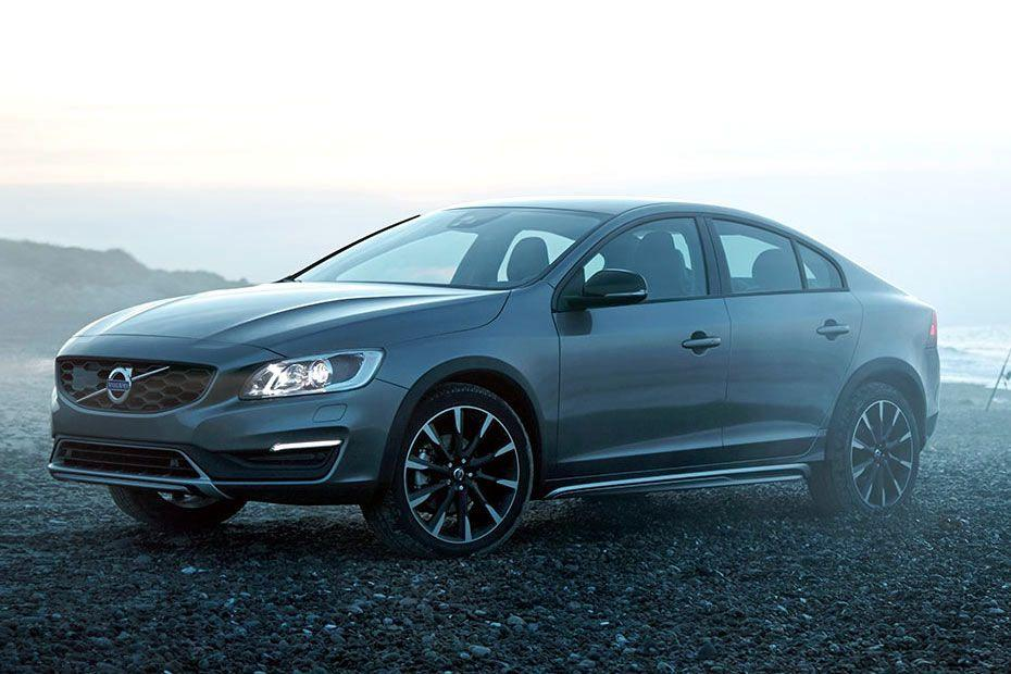 Volvo S60 Cross Country Front Left Side