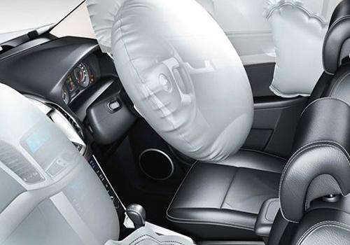 Chevrolet Captiva Price  Review Pics Specs  Mileage  CarDekho