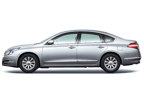 Nissan Teana Pictures