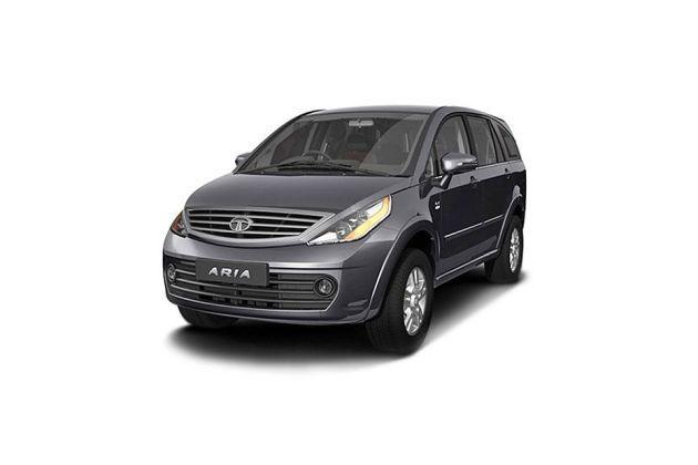 Honda Mobilio Vs Tata Aria 2010 2013 Which Is Better Gaadi