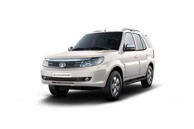 Chevrolet Tavera Vs Tata Safari Storme 2012 2015 Which Is Better