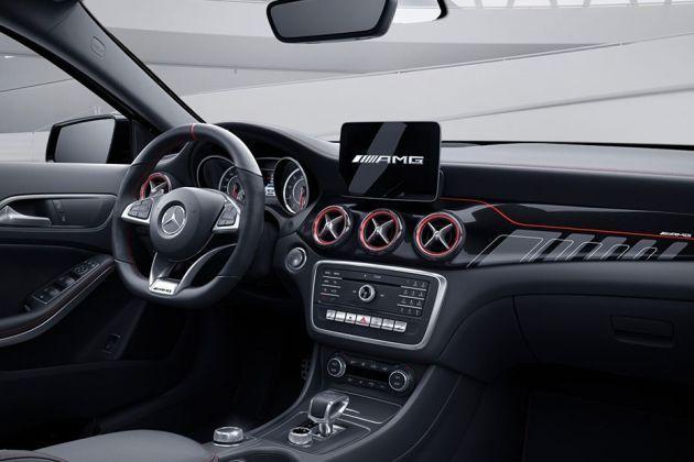 Mercedes Benz Gla 45 Amg Images Check Interior Exterior Pics Gaadi