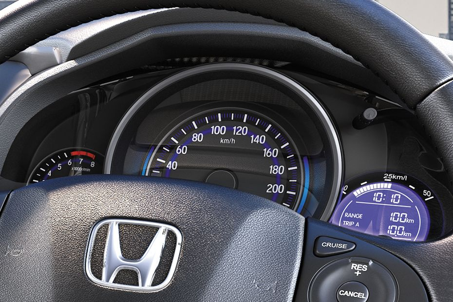 Honda Jazz Exclusive CVT On-Road Price and Offers in Chandigarh, New Delhi, Panipat, Karnal ...