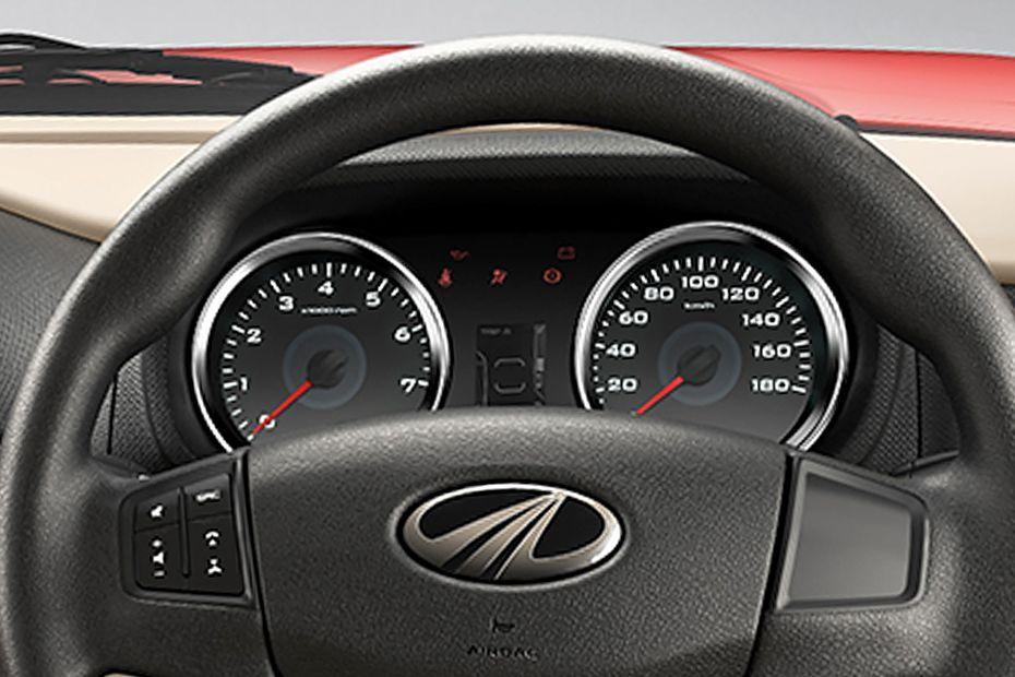 Mahindra TUV 300 T10 Dual Tone