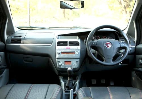 Fiat grande punto 90 hp for Fiat grande punto interieur